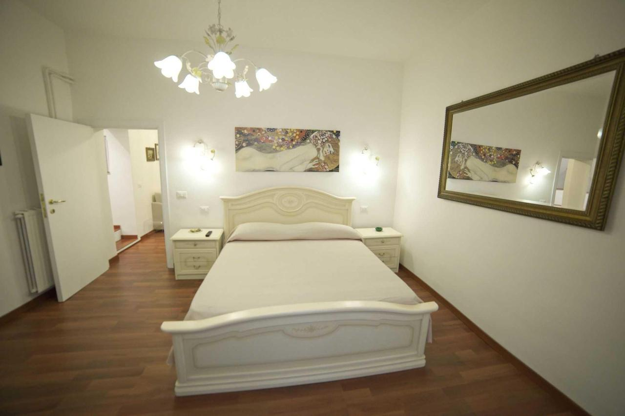 The Gold Suite bedroom.JPG