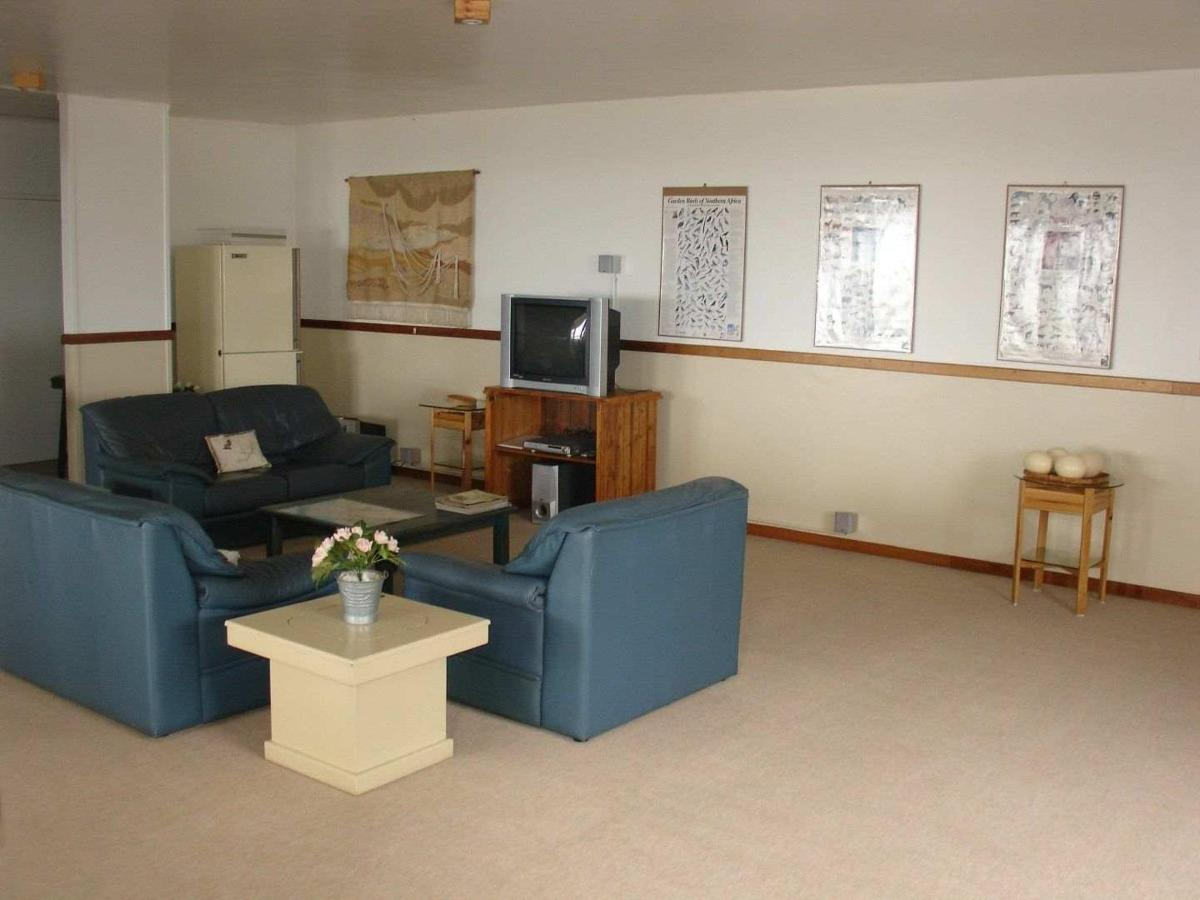 Lounge downstairs
