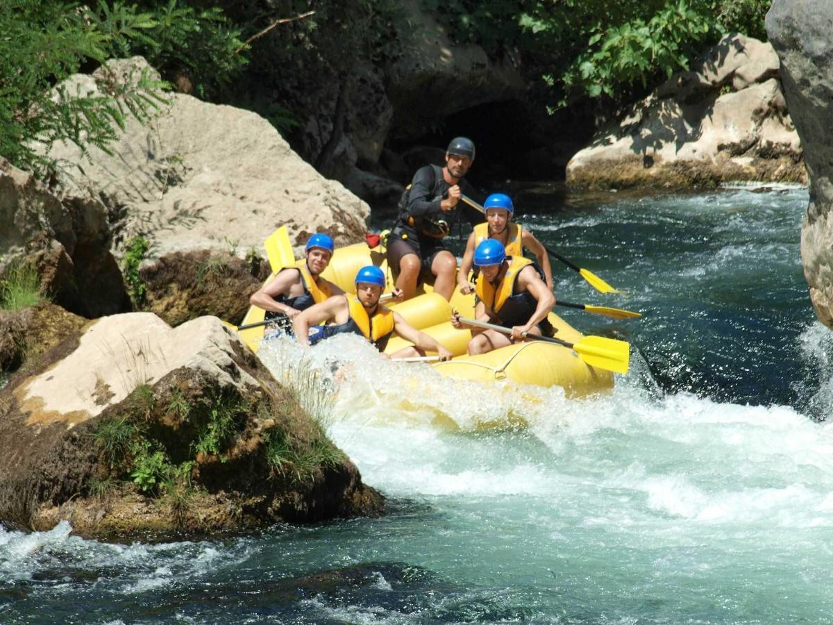 Rafting on Cetina 1