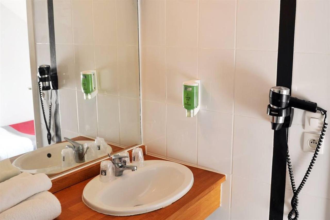salle-de-bain-bathroom-001.jpg.1024x0 (1).jpg