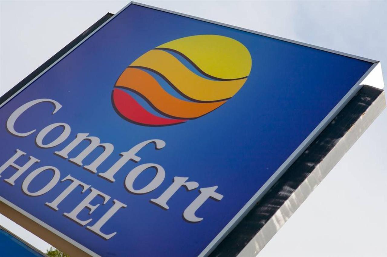 enseigne-comfort-hotel.jpg.1024x0.jpg