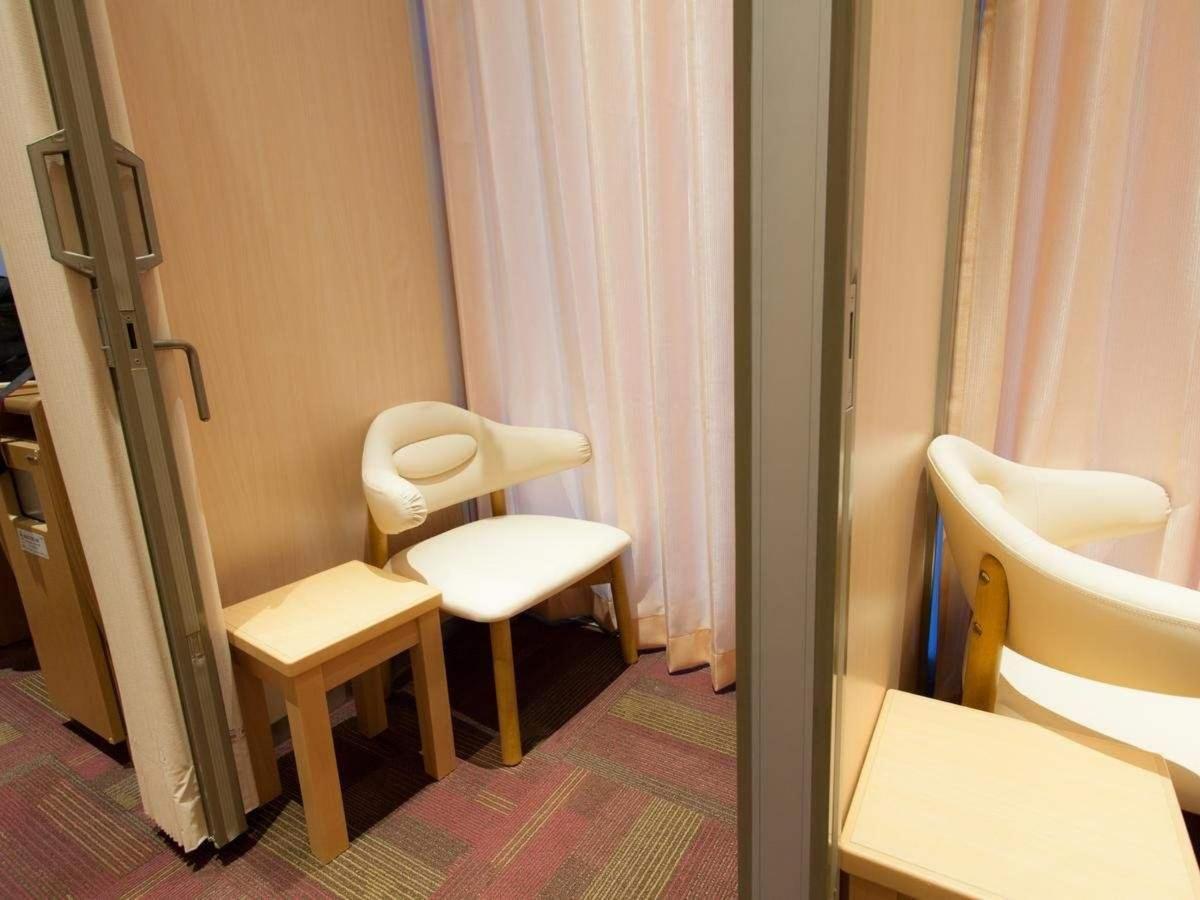 Nursing room.jpg