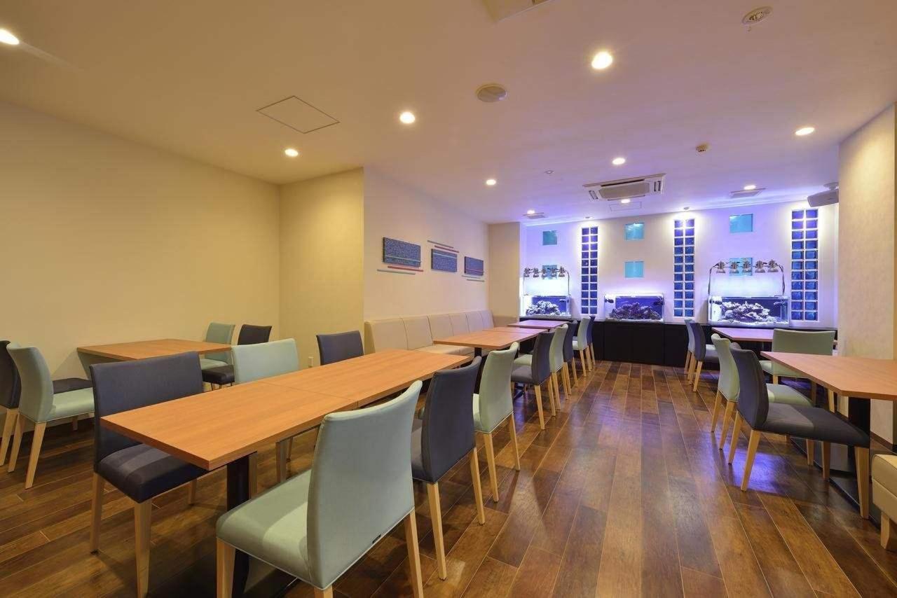 Cafe Lounge Grand Bleu.jpg
