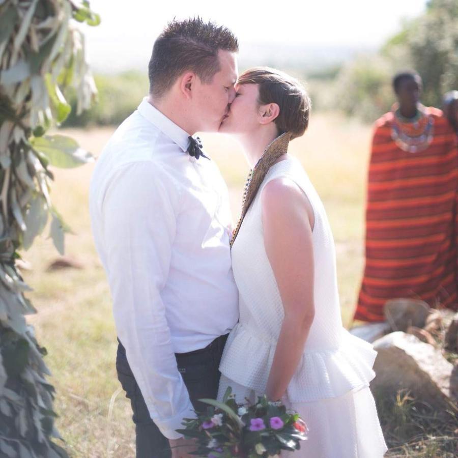 mara-wedding-bride-and-groom-2.jpg.1024x0.jpg