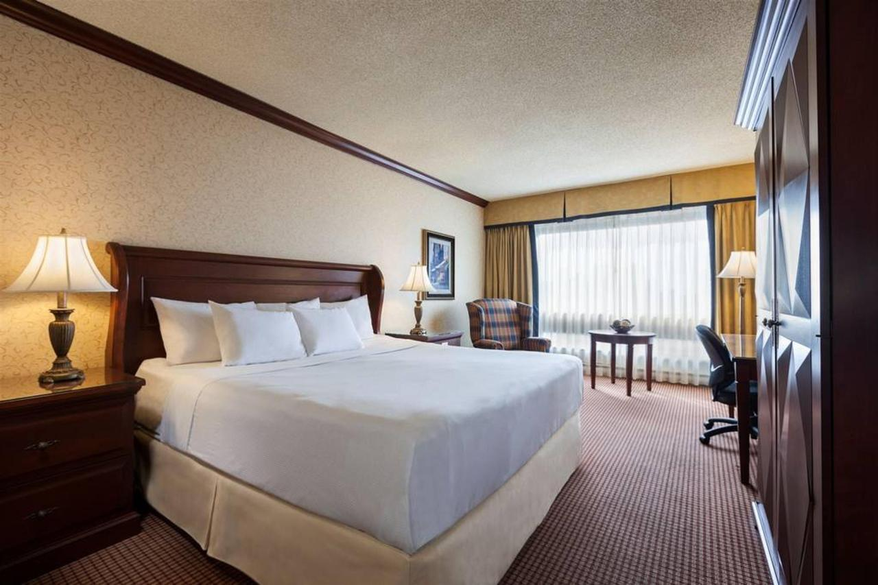 hotels_gouverneur_montreal_07_chambre-affaires_king-1.jpg.1024x0.jpg