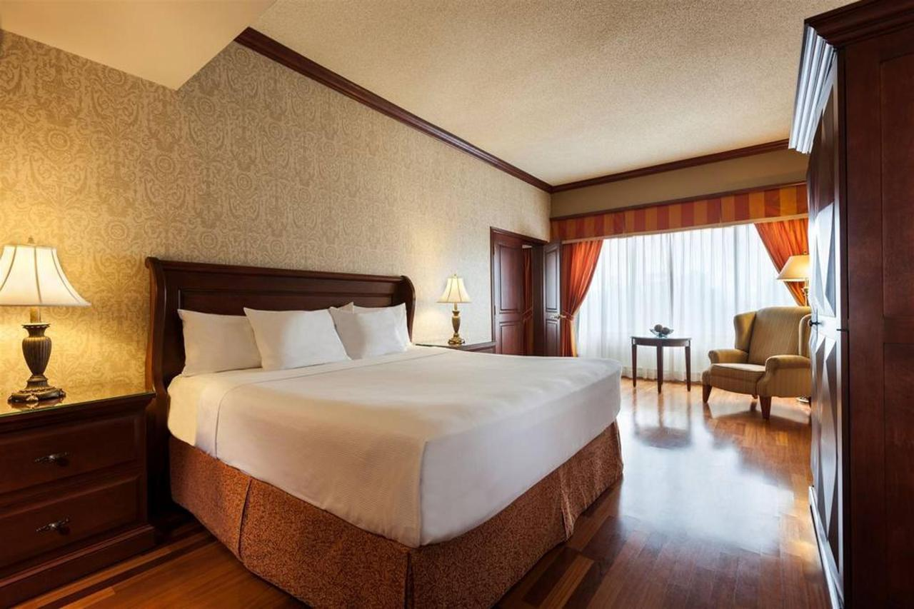 hotels_gouverneur_montreal_11_chambre_executive-1.jpg.1024x0.jpg