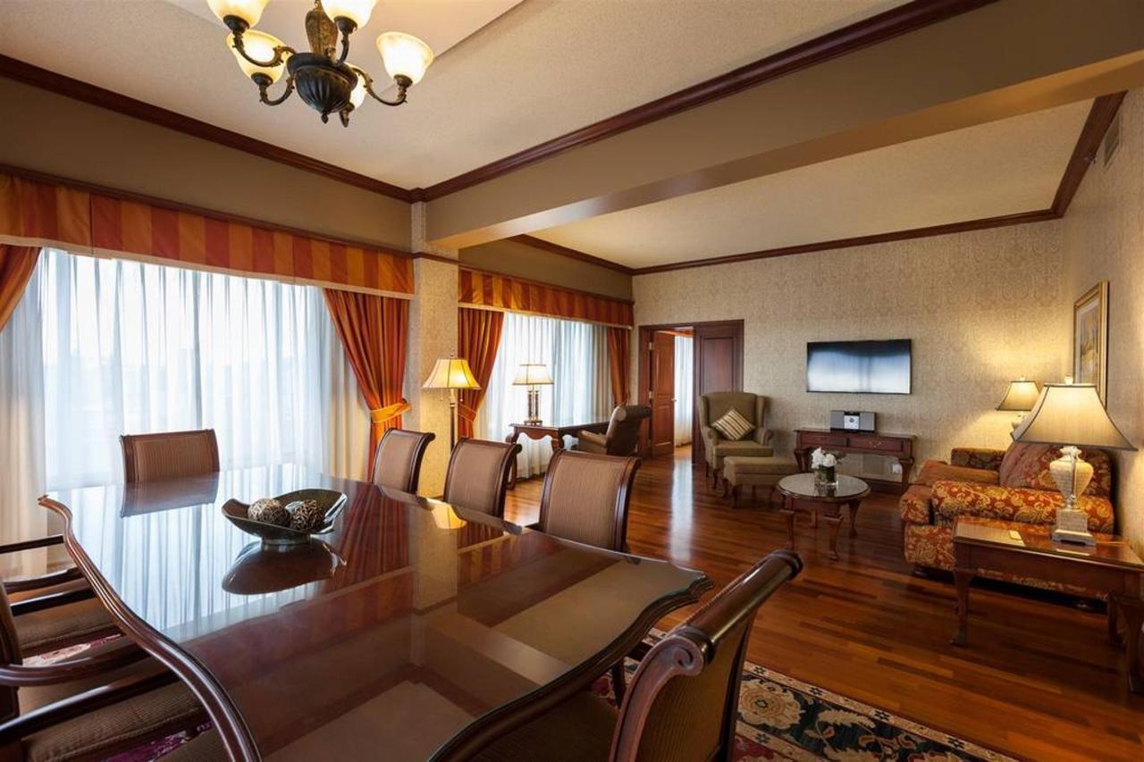 hotels_gouverneur_montreal_12_chambre_executive.jpg.1024x0.jpg