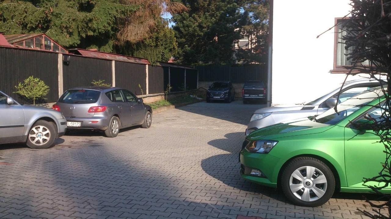 Uzaviratelné parkoviště.JPG