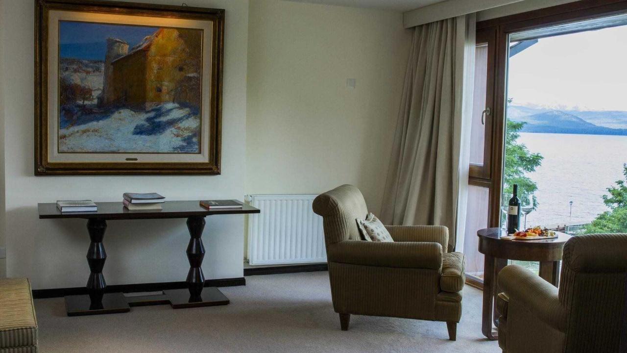 Master Suite Quirós - El Casco Art Hotel.jpg