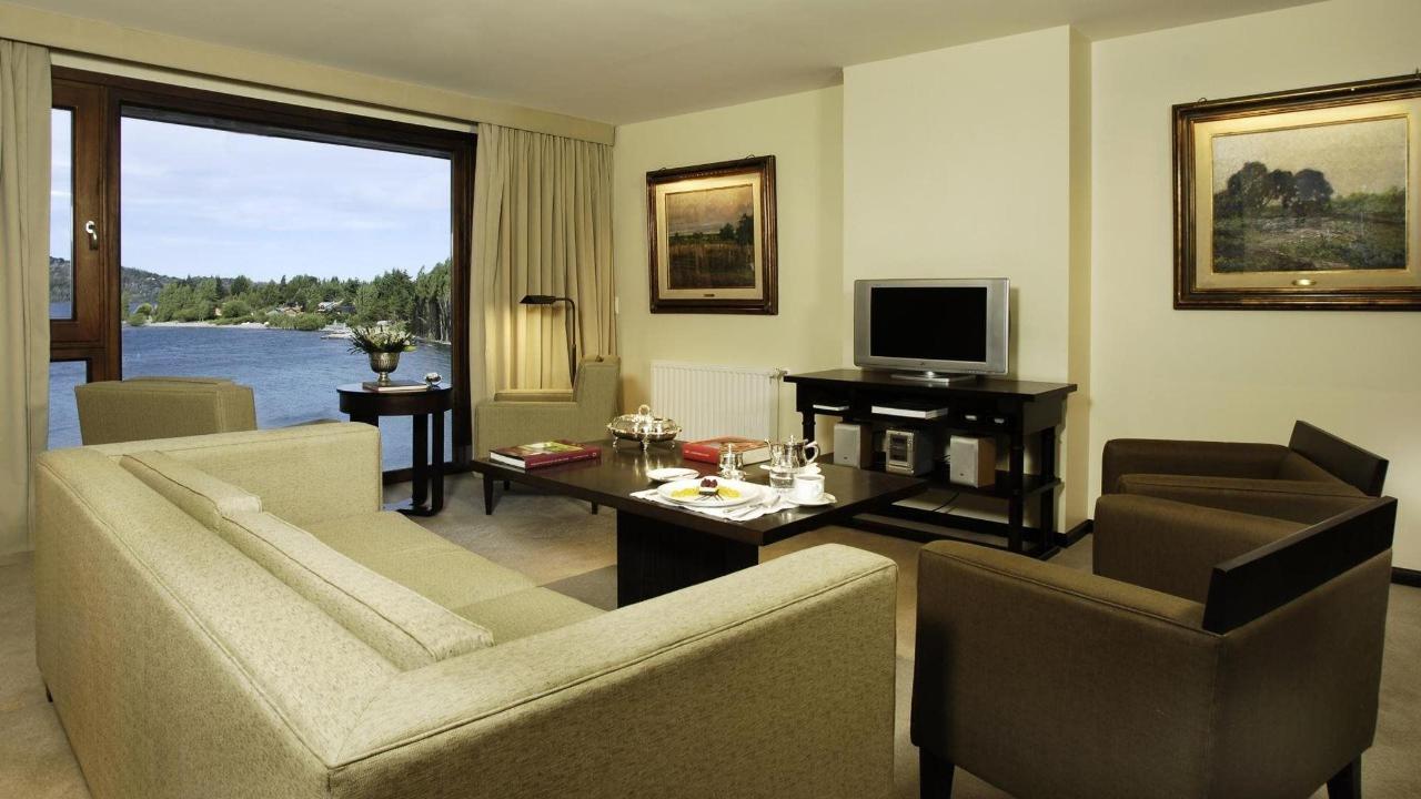 Master Suite Quirós -El Casco Art Hotel.jpg