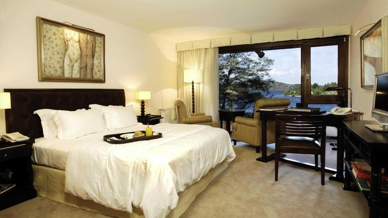 Habitación Corner Suite - El Casco Art Hotel.jpg