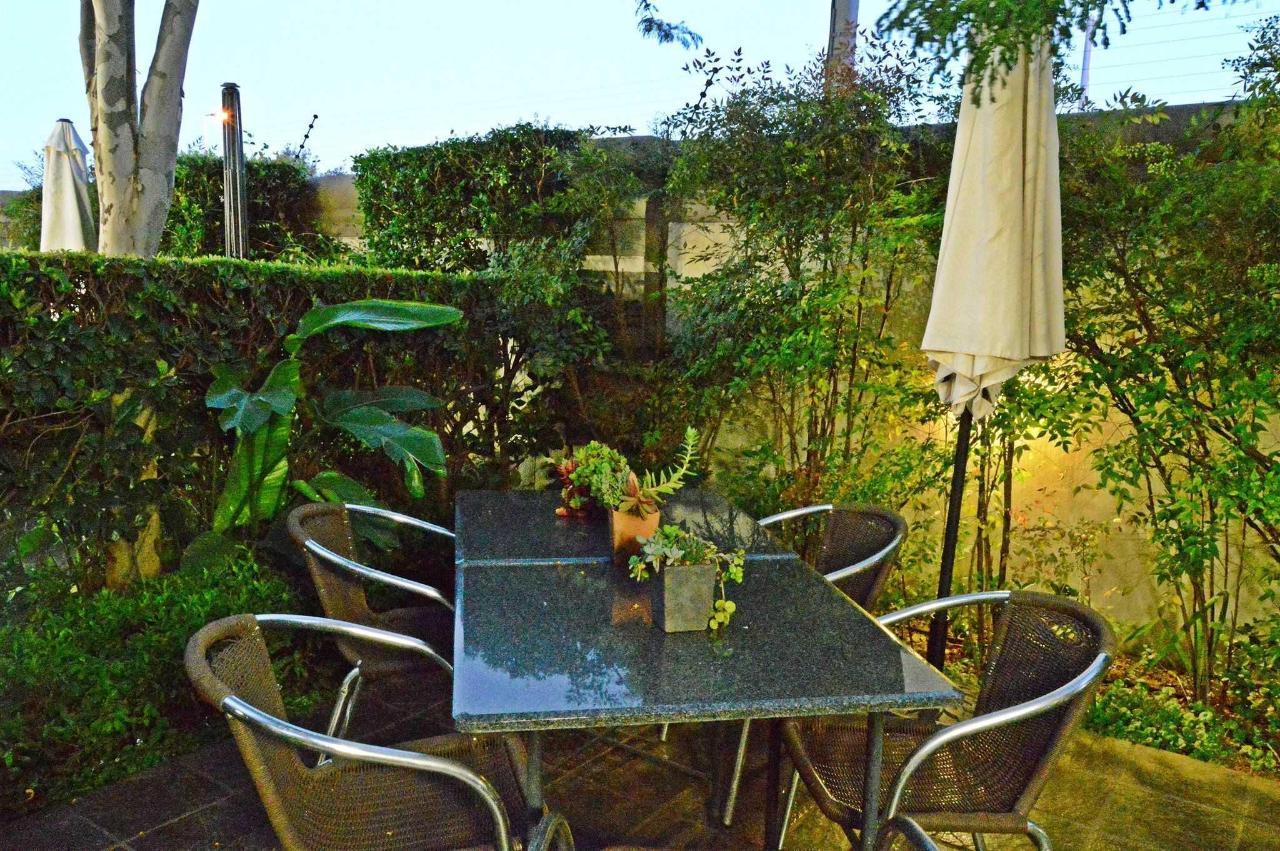 Garden tablesProperty.JPG