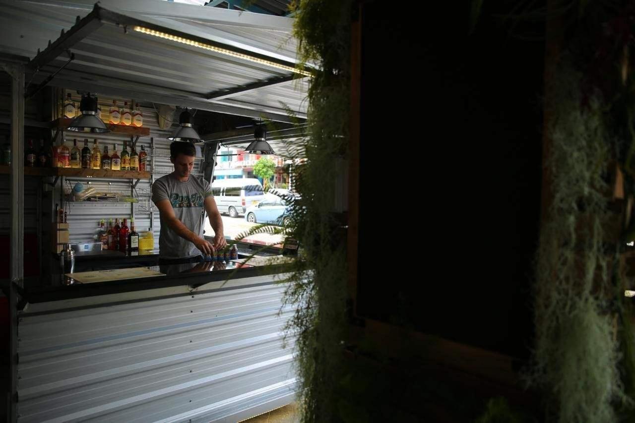 Pop-In Bar.jpg