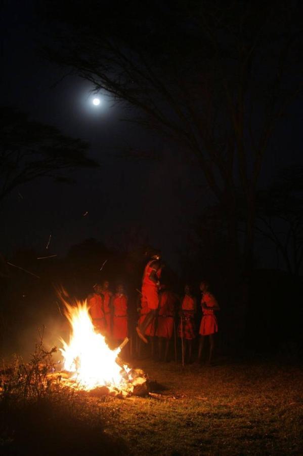 Maasai dancers at a bush dinner.jpg