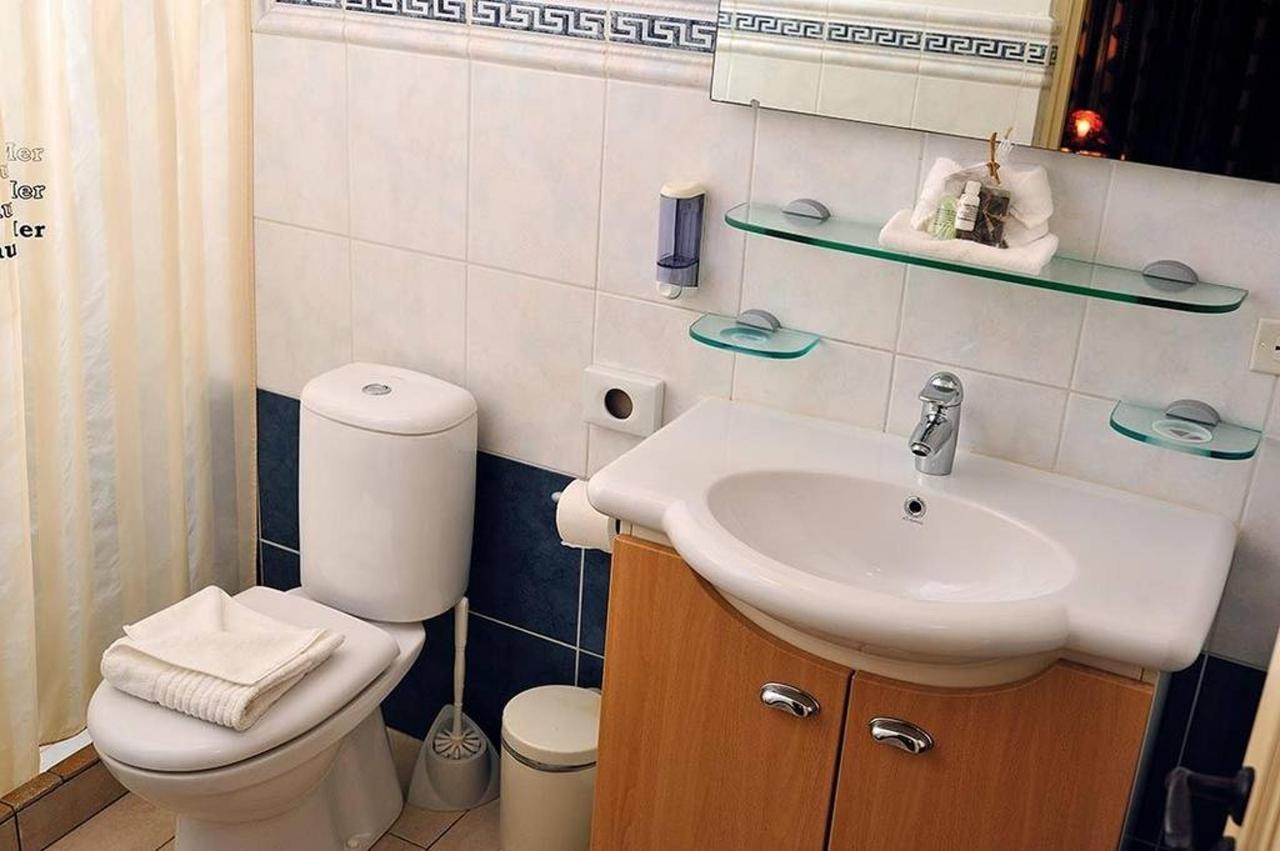 grand-suite-bathroom.jpg.1024x0.jpg