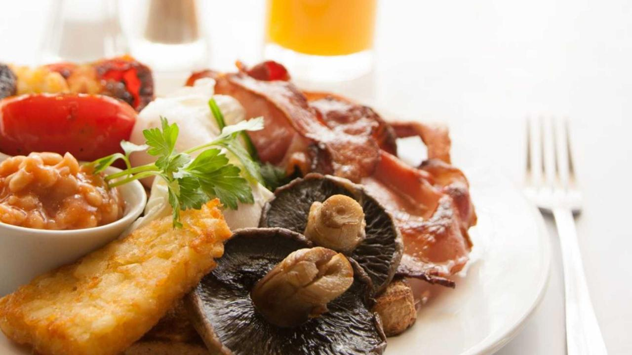 cooked-breakfast.jpg.1920x1080_default.jpg