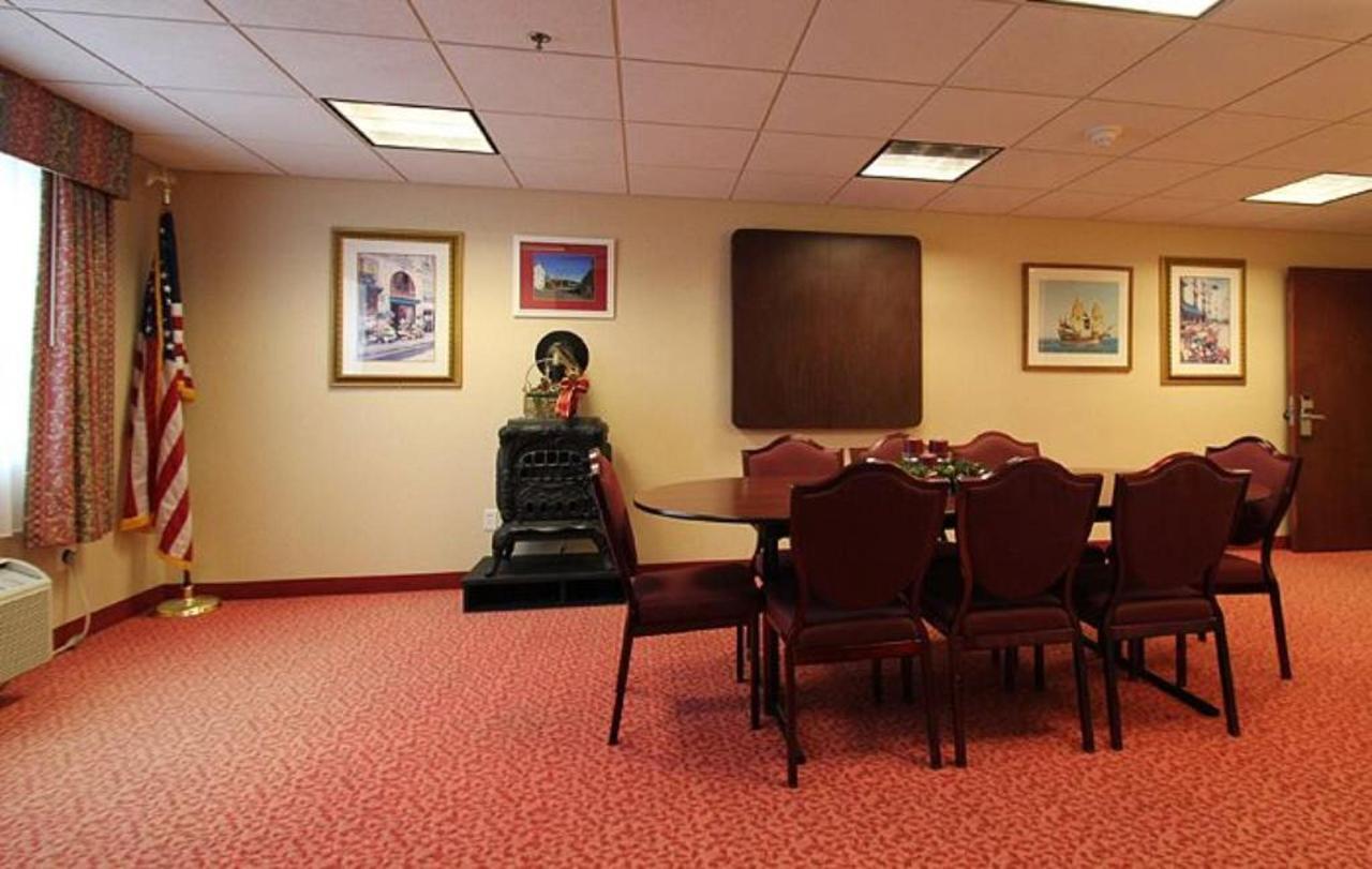 conferenceroom2.jpg.1024x0.jpg