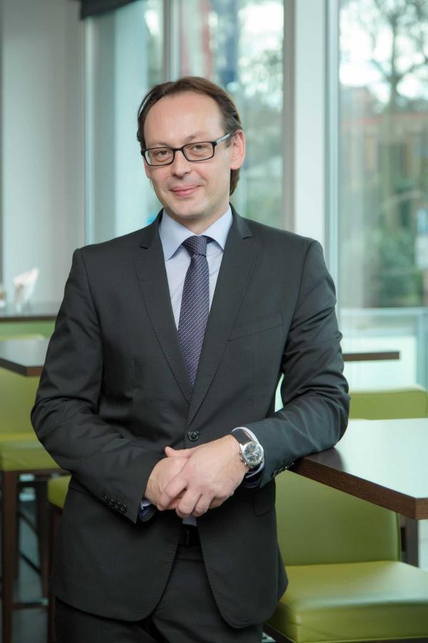 Gerhard Weidl: F&B Manager, gerhard.weidl@rainers-hotel.eu.jpg