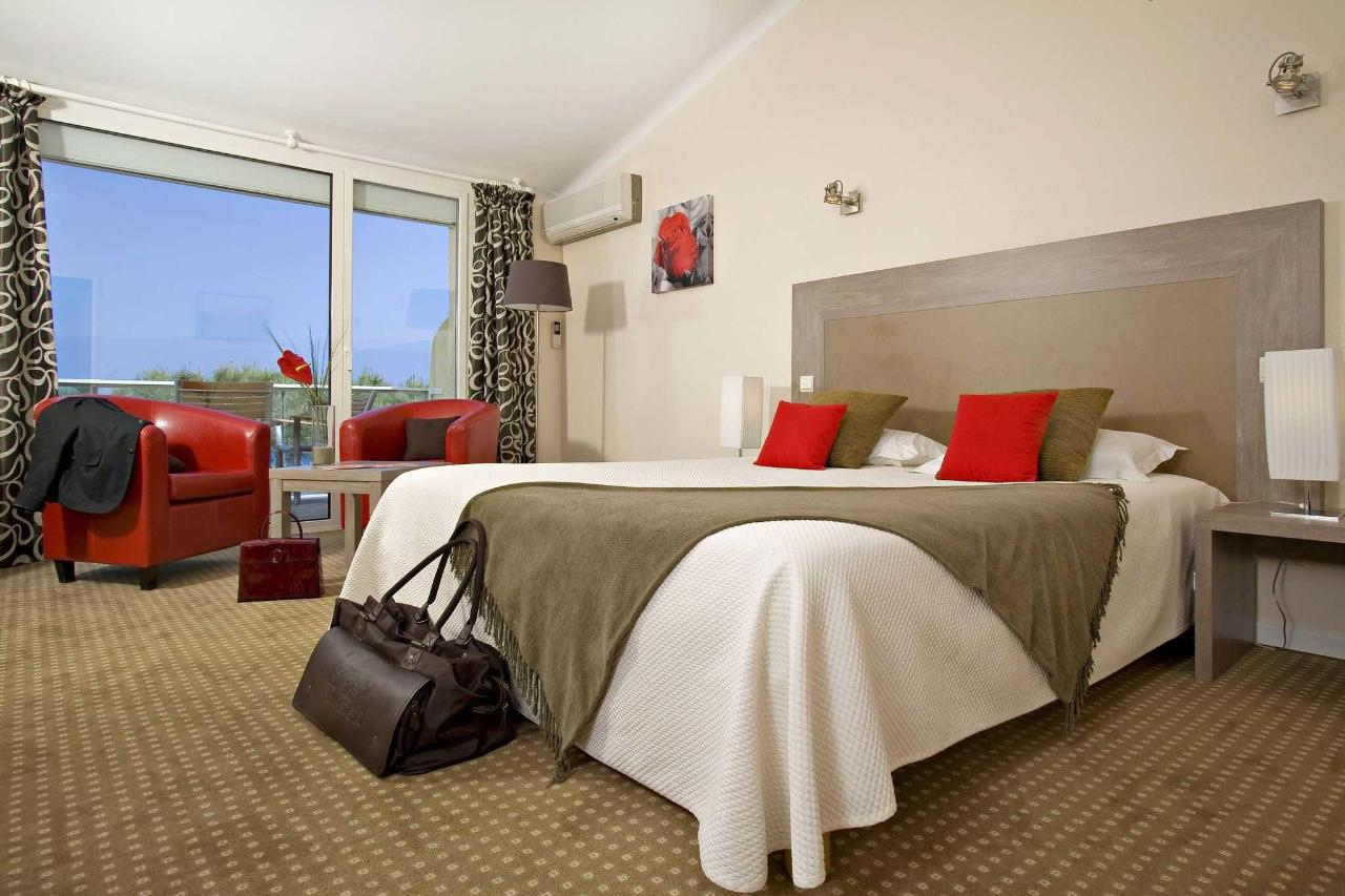Double Superior room with Sea View.JPG