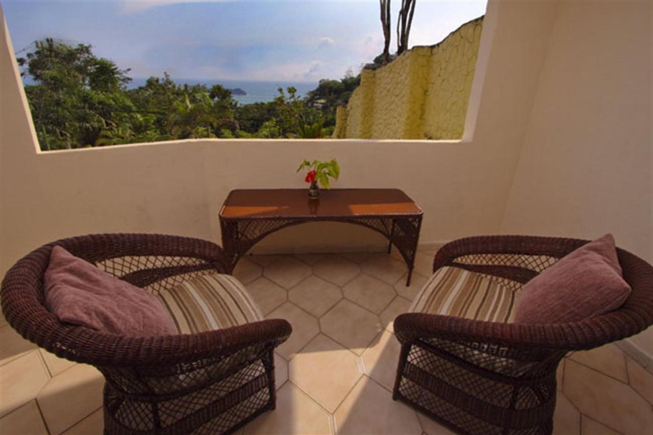 balcony-premium-deluxe-78k.jpg.1024x0.jpg