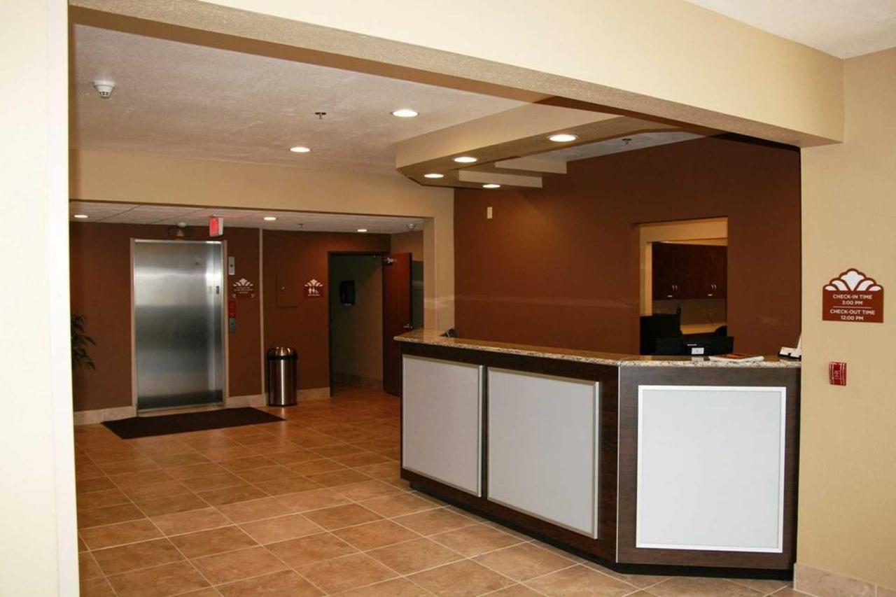 Microtel Inn Suites by Windham (4).jpg