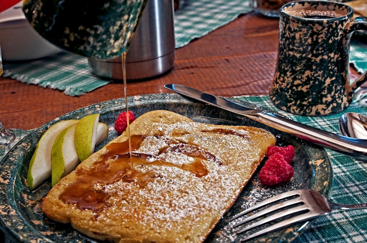 breakfast-08.jpg.1920x0.jpg