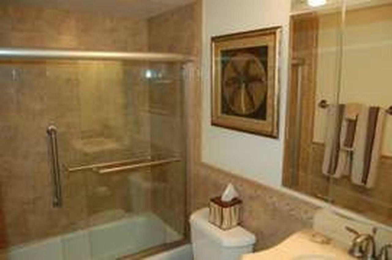 302_bathroom.jpeg.1024x0.jpeg