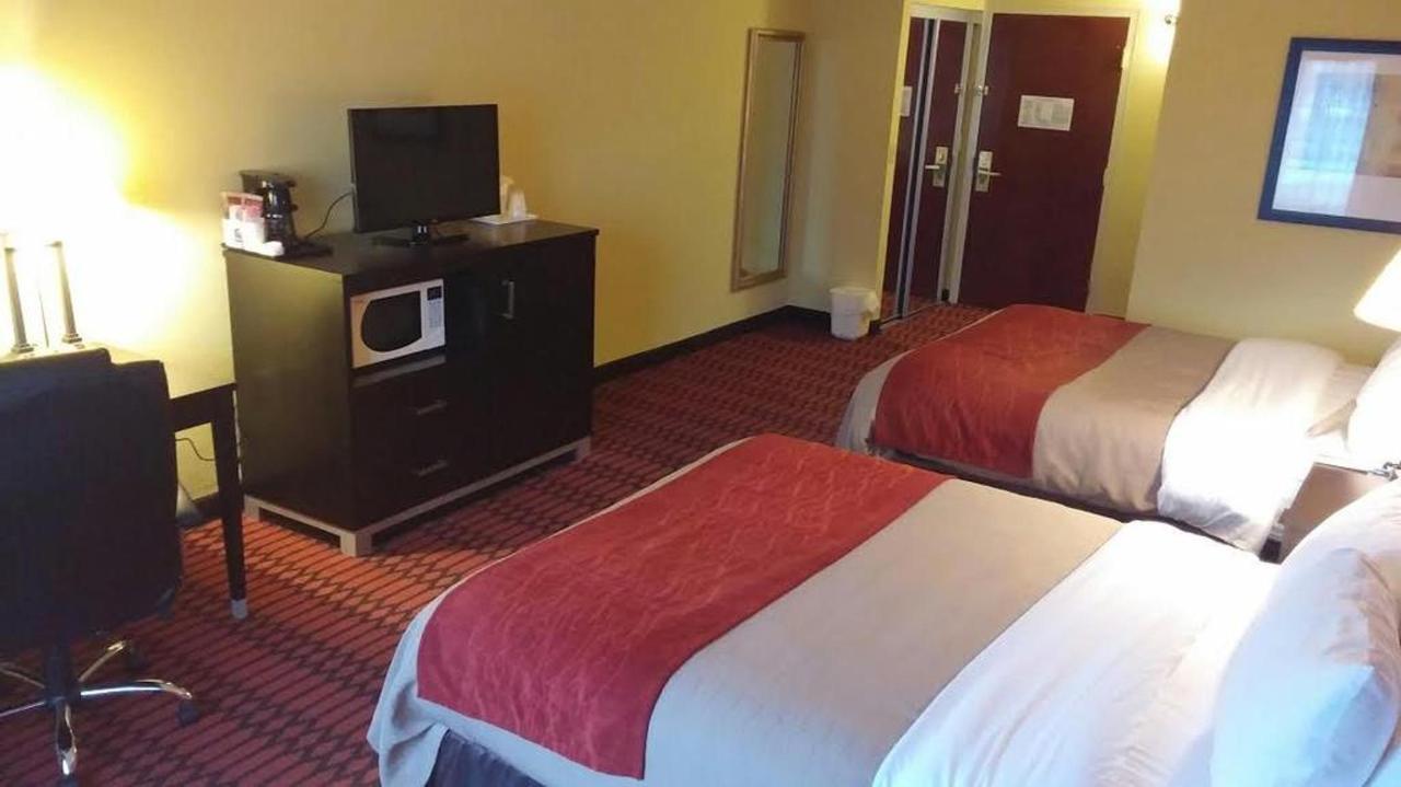2-queen-bed.jpg.1024x0.jpg
