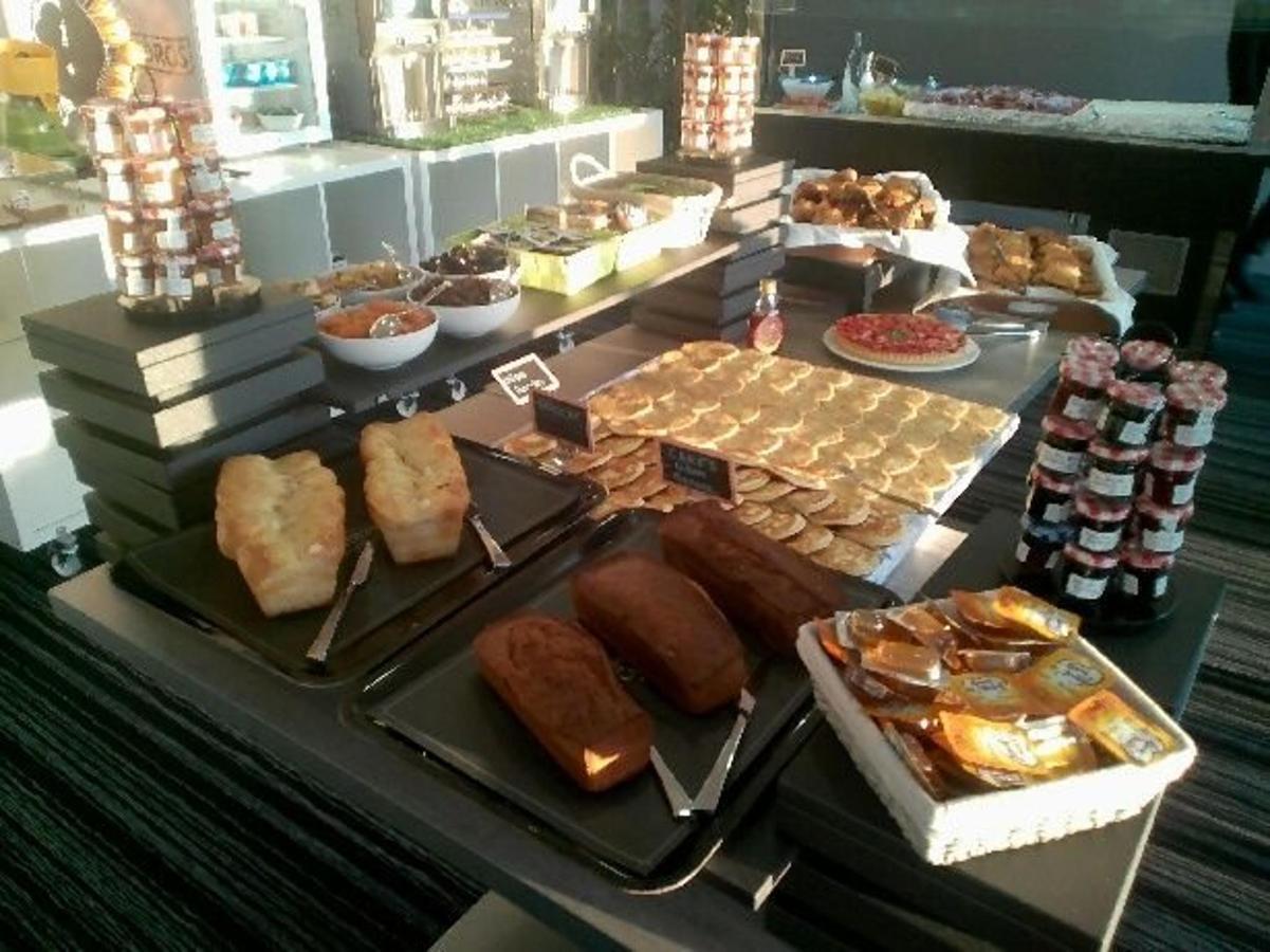 buffet-petits-dej-2-1.jpg