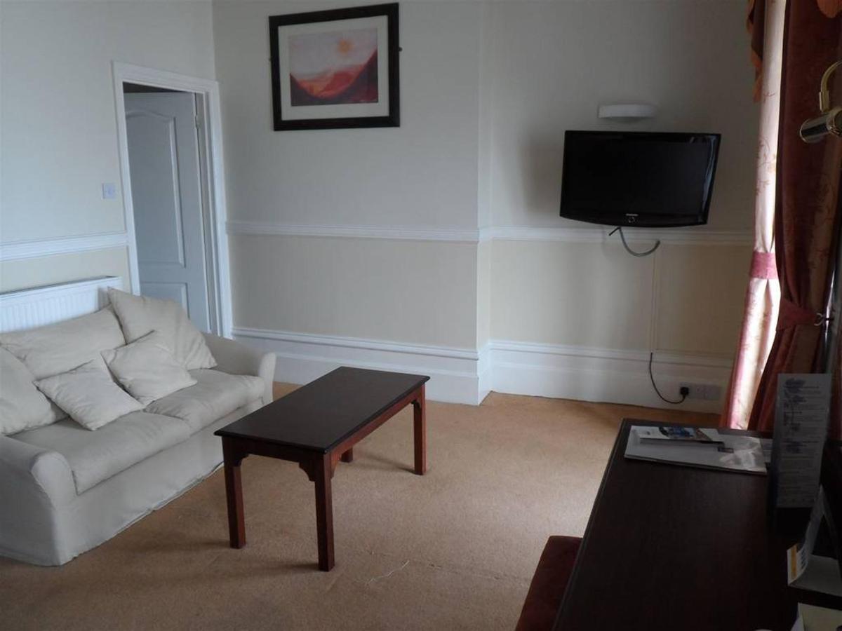 executive-room-205-2.JPG.1024x0.JPG