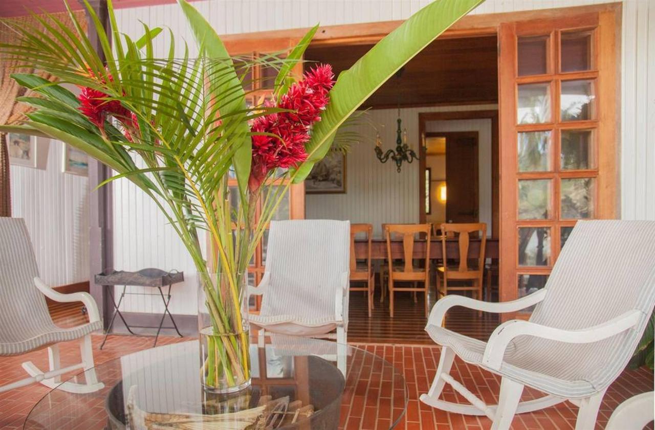 Hacienda_CVR16.jpg