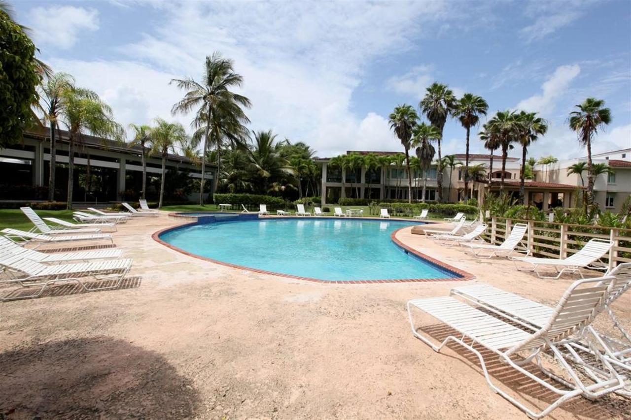 Luxurious Spanish Style Villa_CVR26.jpg