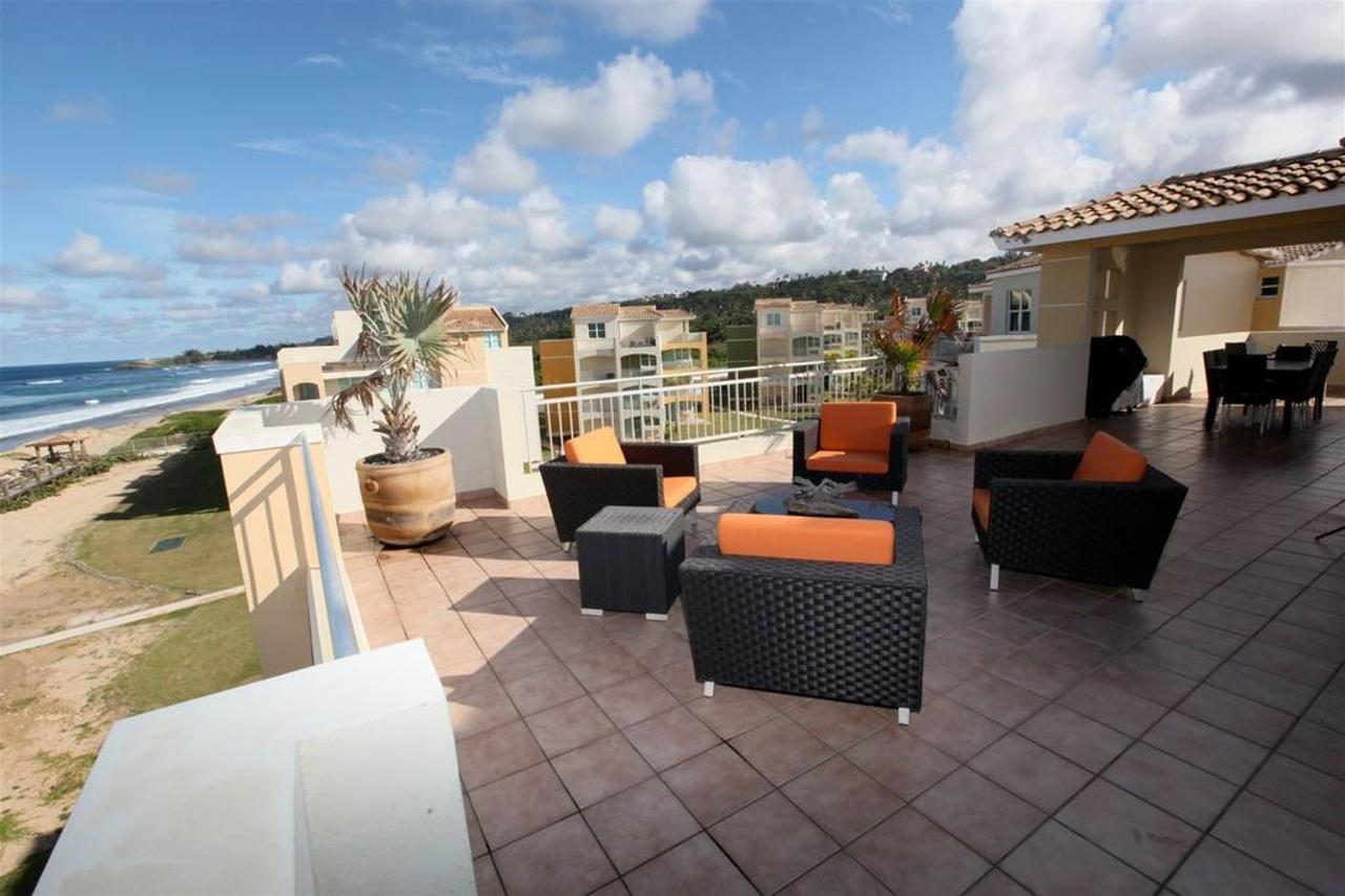 Captivating Penthouse with Ocean View_CVR11.JPG