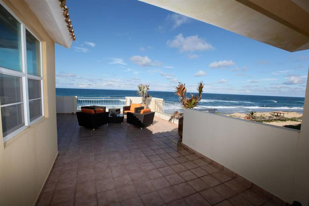 Captivating Penthouse with Ocean View_CVR8.JPG