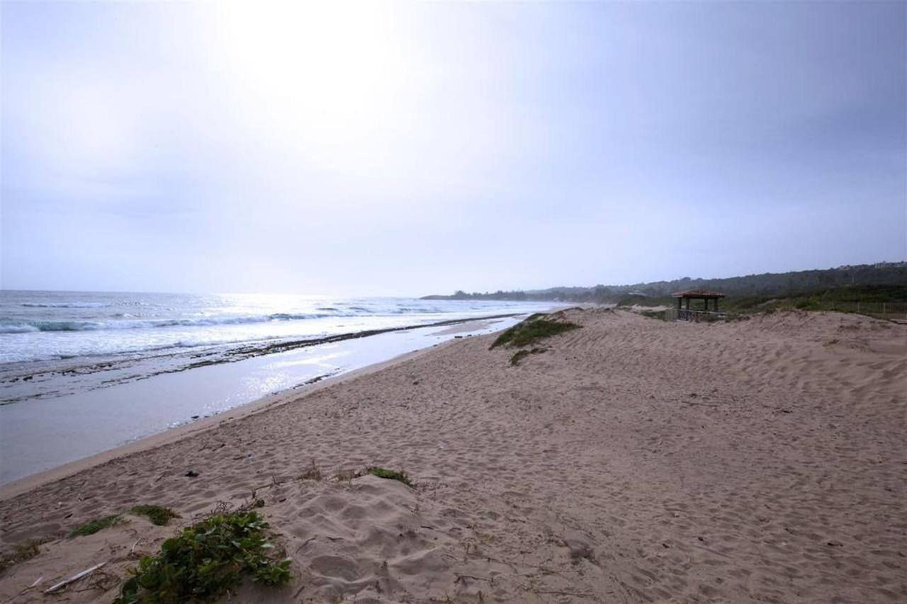 Charming Oceanfront_CVR20.JPG