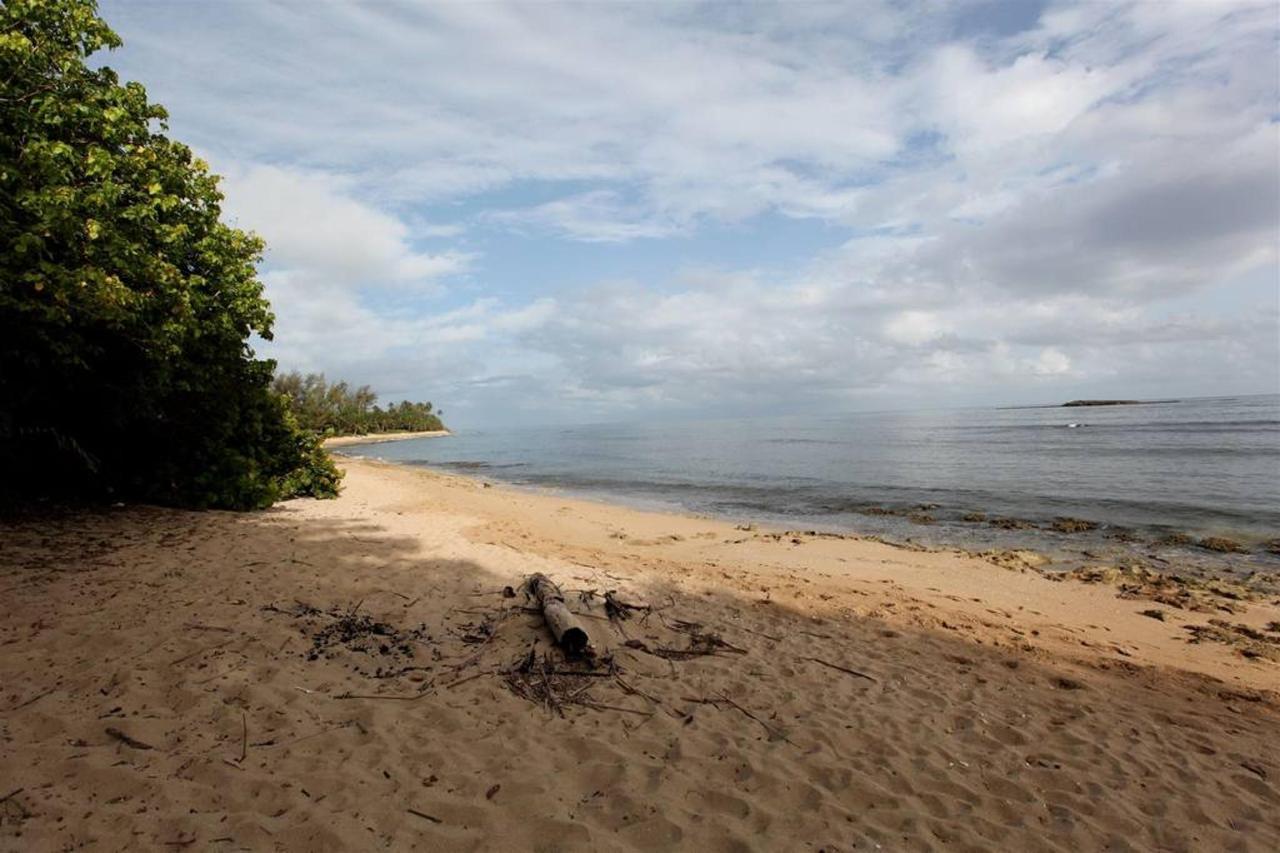Private Beachfront Chalet_CVR29.JPG