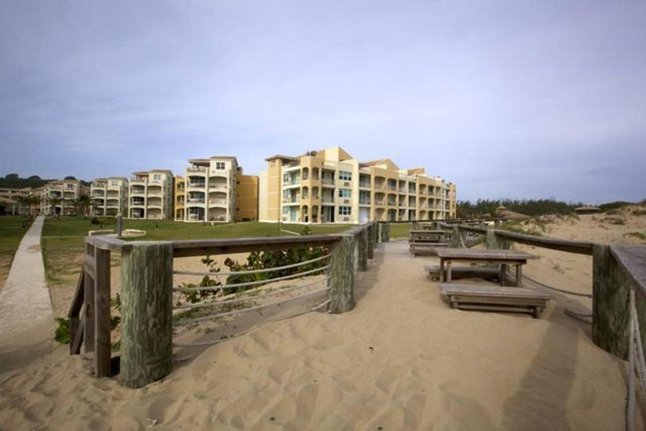 Peaceful Beachfront Penthouse_CVR38.jpg