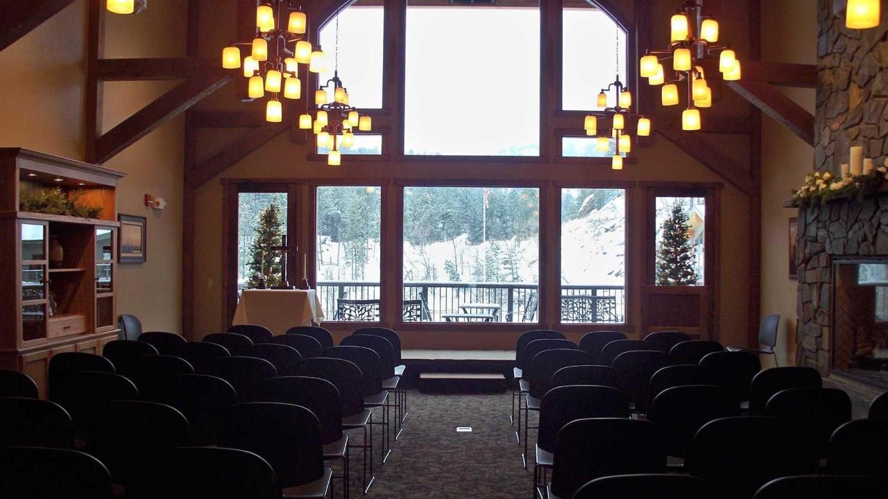 lobby-set-up-for-ceremony.JPG.1920x0.JPG