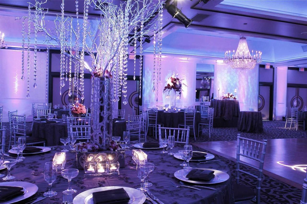 crystal-ballroom_light-1.jpg.1920x0.jpg