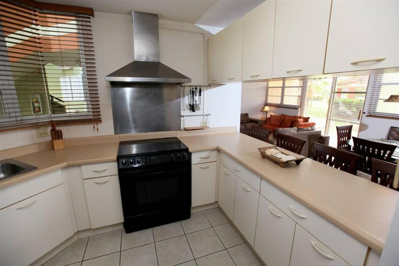 Properties_CVR1025.jpg