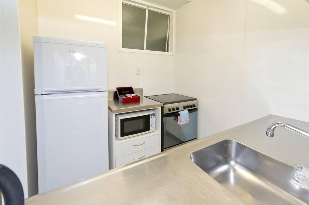 01-rooms-kitchen.jpg.1024x0.jpg