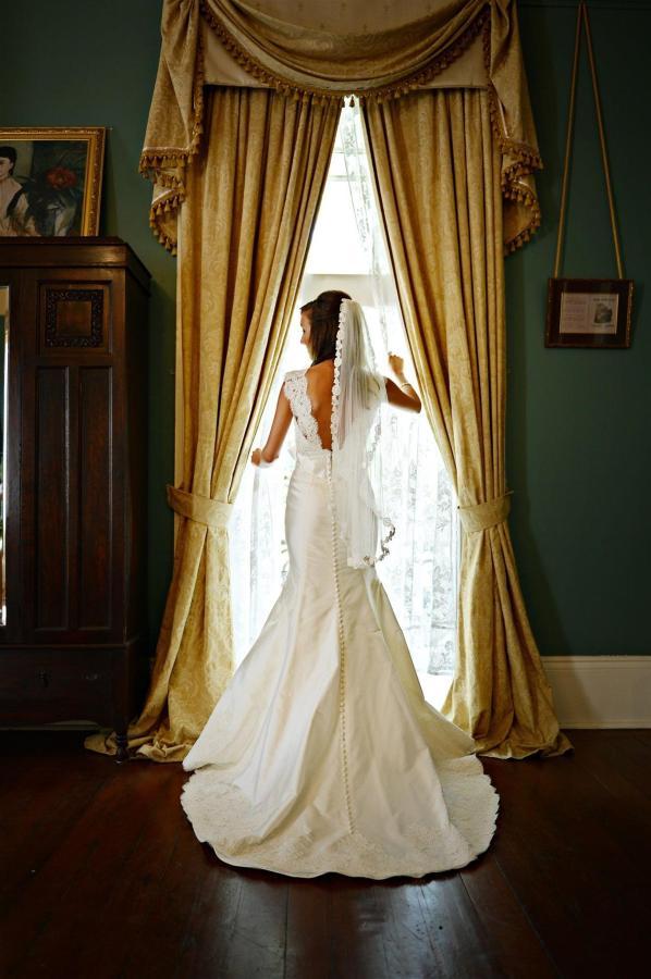 bride-looking-out-of-window-st.JPG