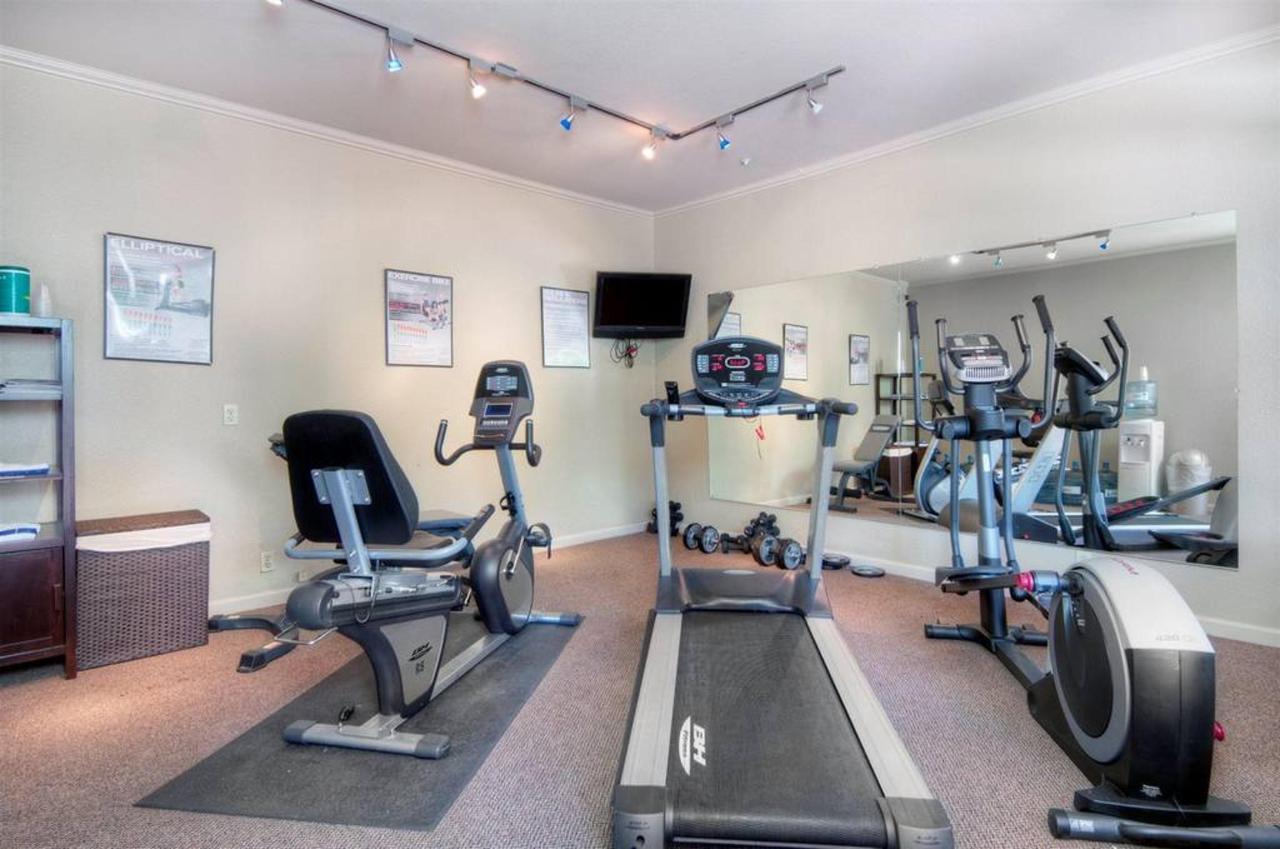 fitness-center.jpg.1024x0.jpg