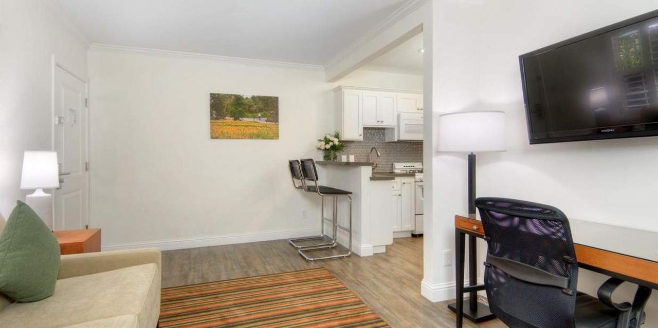 307-kitchen-cottage6.jpg.1236x617_default.jpg