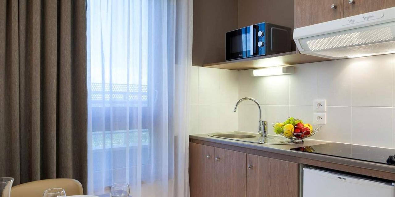 chambre-familiale-cuisine-2-1.jpg.1236x617_default.jpg