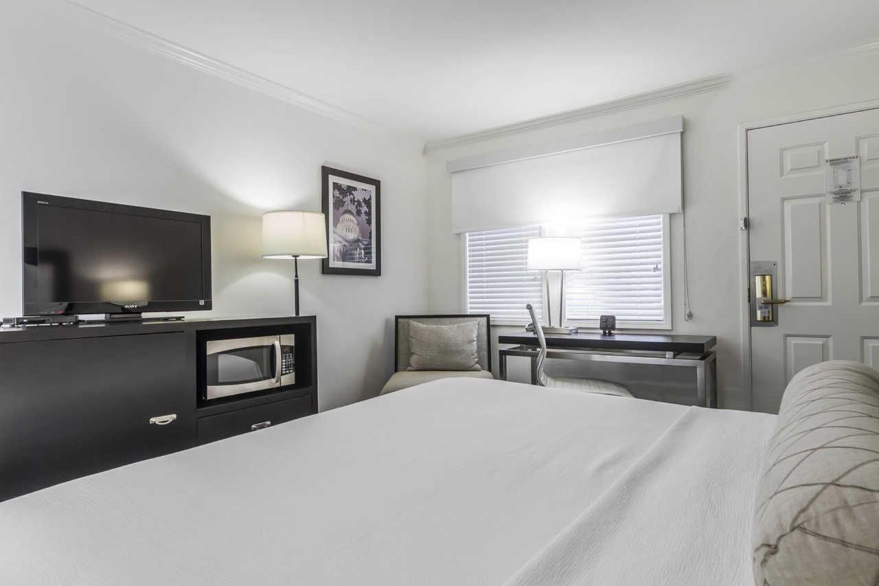 1-king-bed-4.jpg