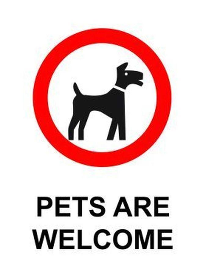 pets-welcome-sign-v2.jpg.1920x0.jpg