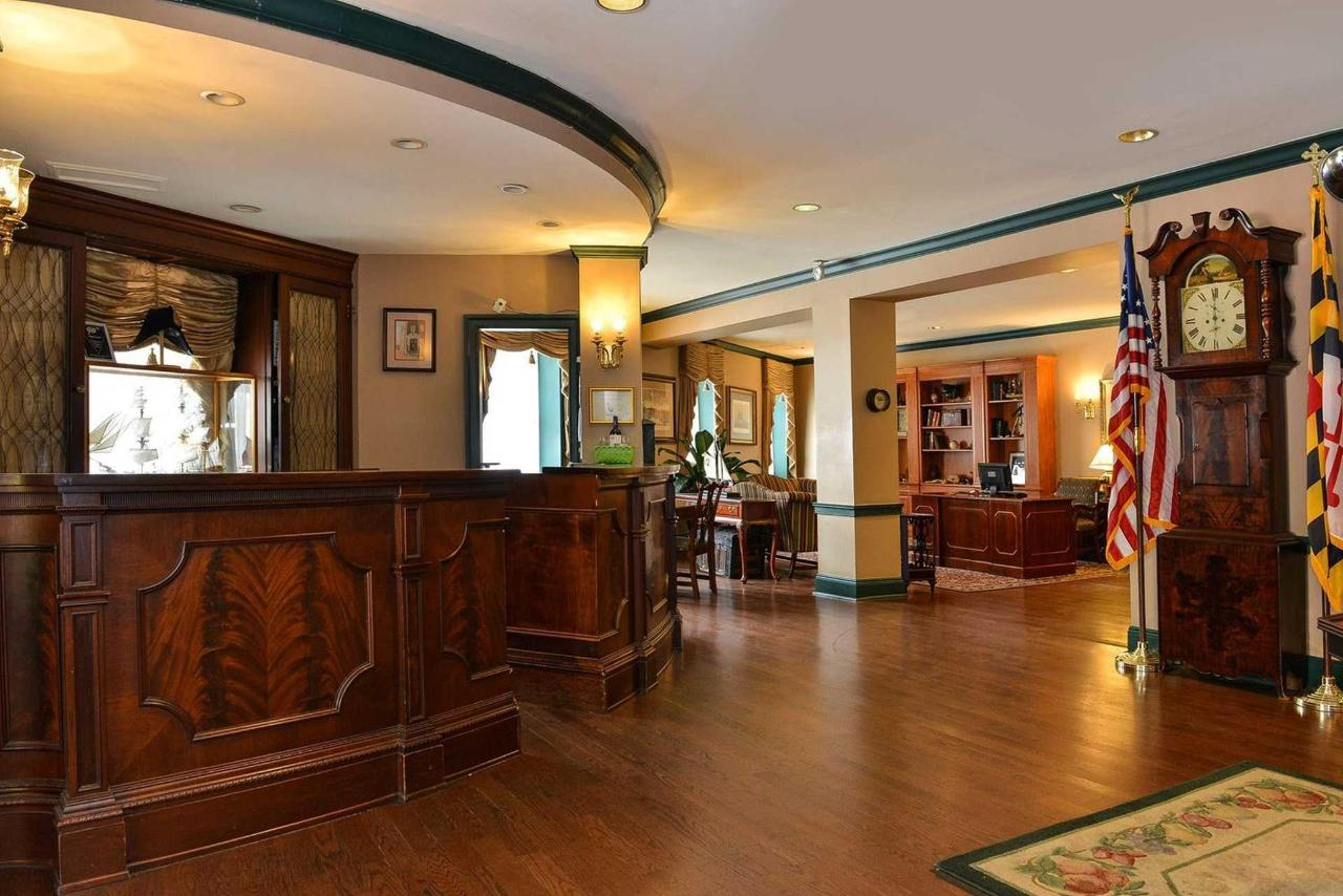 lobby2-1.jpg.1920x0.jpg