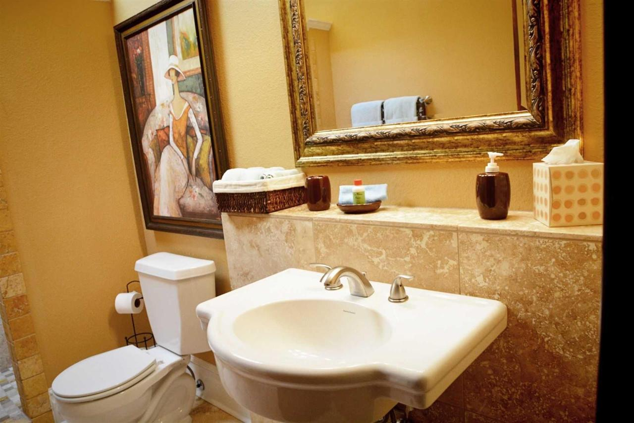 josephine-s-suite-bath-beautiful-tile-work-and-fixtures-and-spaceous-at-iron-horse-inn.jpg.1920x0.jpg