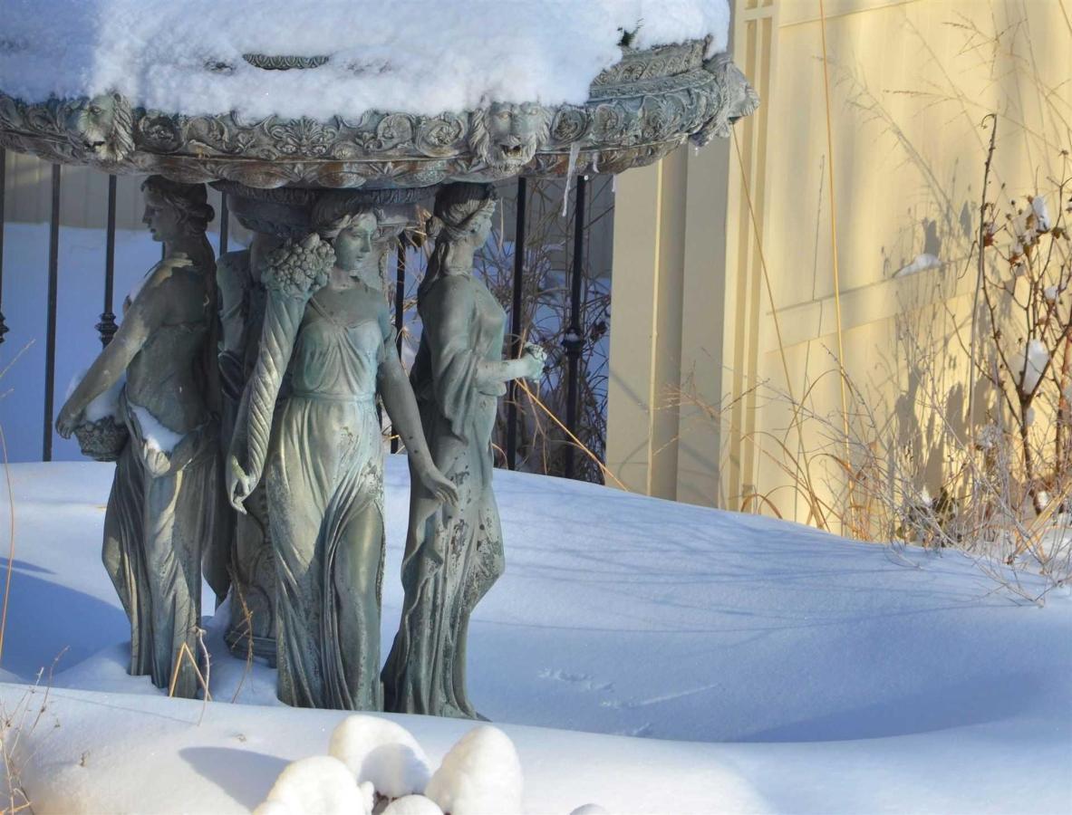 jan14-statue3.jpg.1920x0.jpg